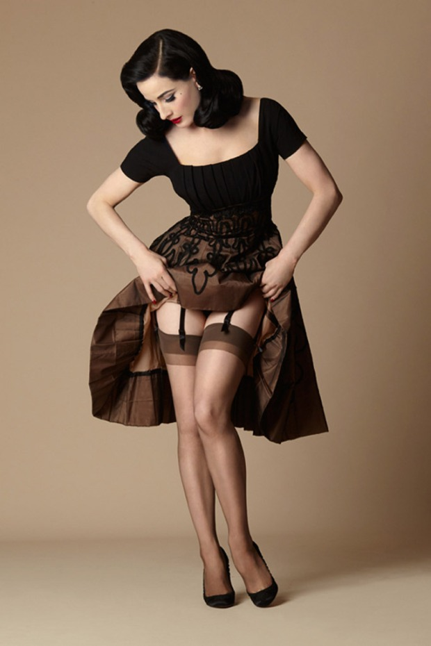 dita-von-teese-stockings.jpg