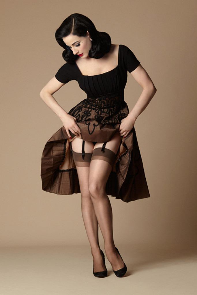 dita-von-teese-stockings.jpg