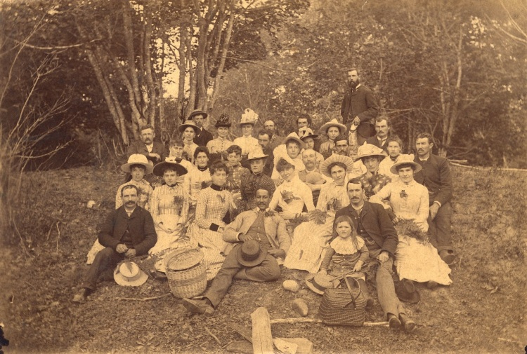 1888-port-p334-church-picnic-at-lynn-valley