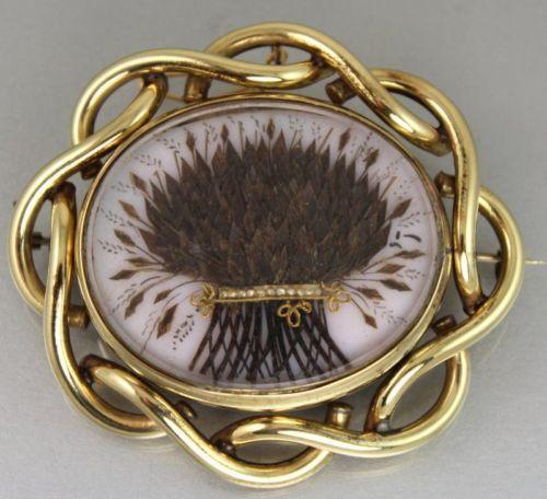 1d15b48d90d698096841f33f9b3557bb--victorian-hair-victorian-jewelry